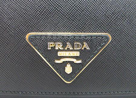 Prada(프라다) 1M1132 블랙 사피아노 삼각 로고 장지갑 이미지5 - 고이비토 중고명품