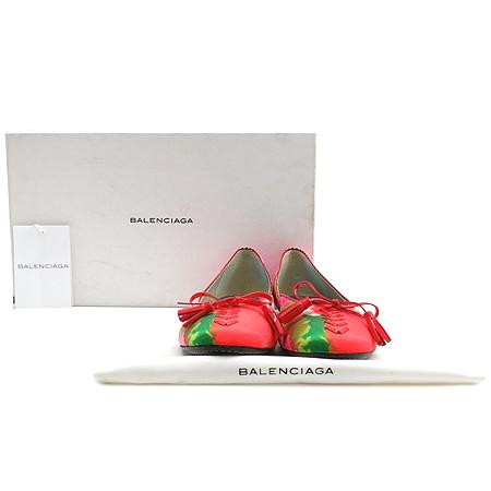Balenciaga(발렌시아가) PL3-AS002E 테슬 페이던트 레더 리본 장식 멀티 컬러 플랫 슈즈 [인천점]