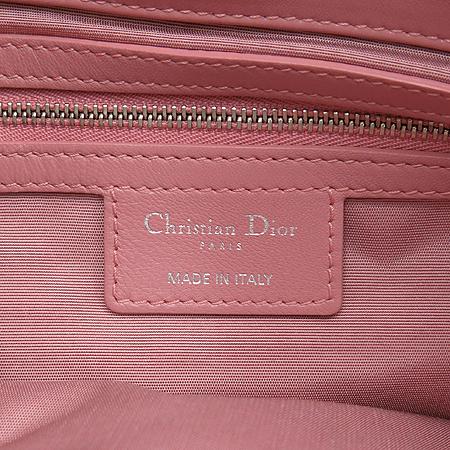 Dior(크리스챤디올) 핑크 컬러 까나쥬 체인 숄더백