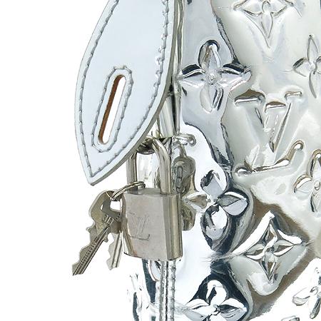 Louis Vuitton(루이비통) M95449 미러 락킷 실버 메탈릭 모노그램 토트백 [압구정매장]