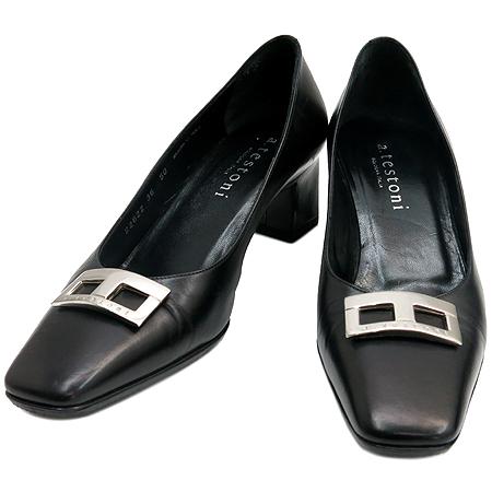 A.testoni(테스토니) 은장 로고 버클 블랙 레더 여성 구두 이미지2 - 고이비토 중고명품