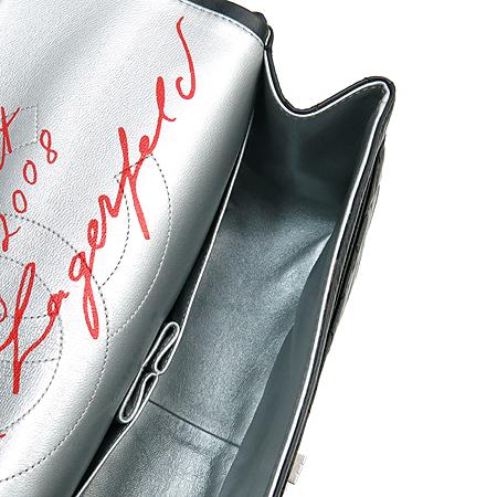Chanel(샤넬) A37590 빈티지 카프스킨 블랙 2.55 점보 L사이즈 칼 라거펠트 사인 한정판 은장로고 체인 숄더백 [2008시즌 한정판]