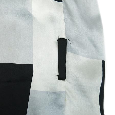 ZARA(자라) 블랙, 그레이컬러 실크혼방 브라우스 이미지3 - 고이비토 중고명품