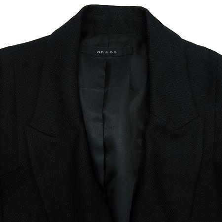 ON&ON(온엔온) 블랙컬러 자켓
