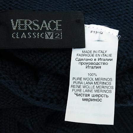 Versace(베르사체) 네이비컬러 니트 이미지5 - 고이비토 중고명품