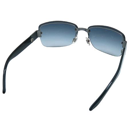 Gucci(구찌) GG1909 티타늄 로고 반무테 선글라스 이미지4 - 고이비토 중고명품