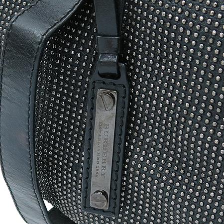 Burberry(버버리) 블랙 레더 스터드 장식 런웨이 나이트 토트백