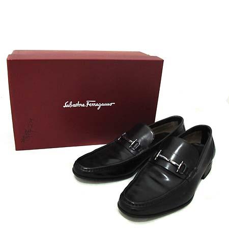Ferragamo(페라가모) 금장 간치니 장식 블랙 컬러 레더 남성용 구두 [부천 현대점]