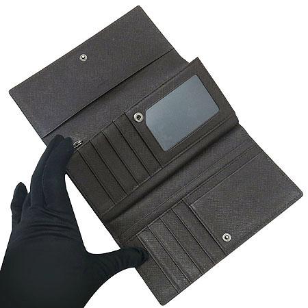 MCM(엠씨엠) MYL0AIE1EC001 은장 로고 장식 여성용 장지갑 이미지3 - 고이비토 중고명품