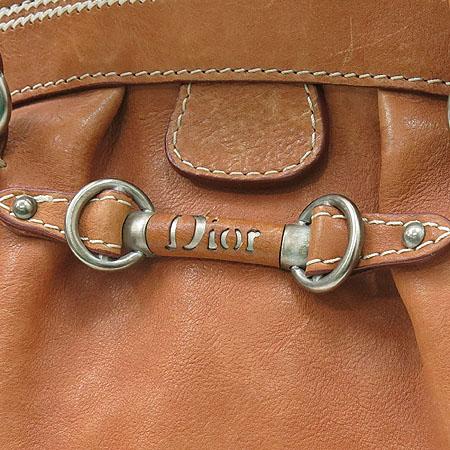 Dior(크리스챤디올) 브라운레더 은장로고 장식 토트백