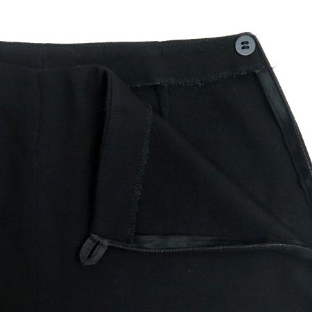 Emporio Armani(엠포리오 아르마니) 블랙 컬러 바지