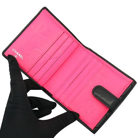 Chanel(샤넬) A50099Y03880 C2054 깜봉 S사이즈 블랙 로고 스티치 더블 반지갑 [명동매장] 이미지3 - 고이비토 중고명품
