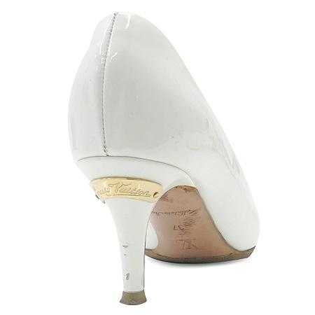 Louis Vuitton(루이비통) 화이트 페이던트 펌프스 여성용구두