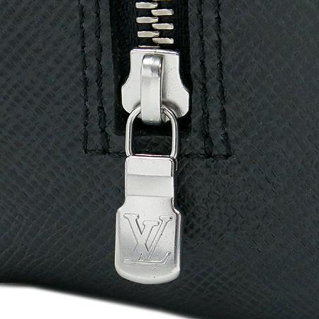 Louis Vuitton(루이비통) M30212 타이가 레더 트루스 토일렛 GM 파우치