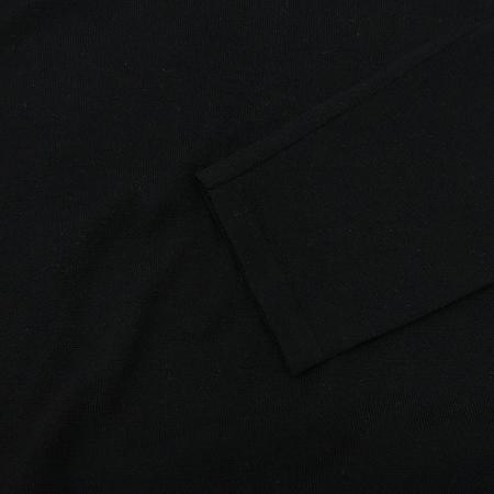Emporio Armani(엠포리오 아르마니) 블랙컬러 V넥 니트