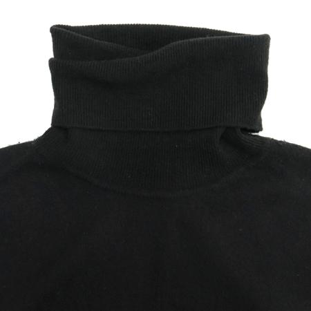 MiuMiu(미우미우) 블랙컬러 폴라 니트
