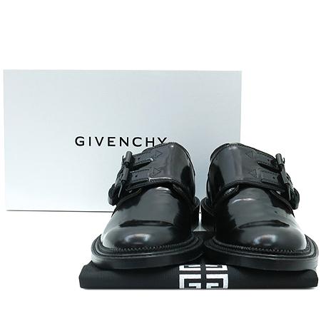 GIVENCHY(지방시) G2112 블랙 컬러 레더 버클 장식 남성용 구두