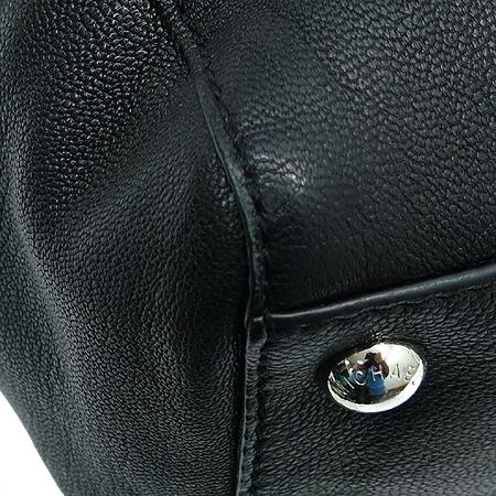 MICHAELKORS(마이클코어스) 실버 메탈 로고 블랙 레더 해밀턴 토트백 + 숄더스트랩 이미지5 - 고이비토 중고명품