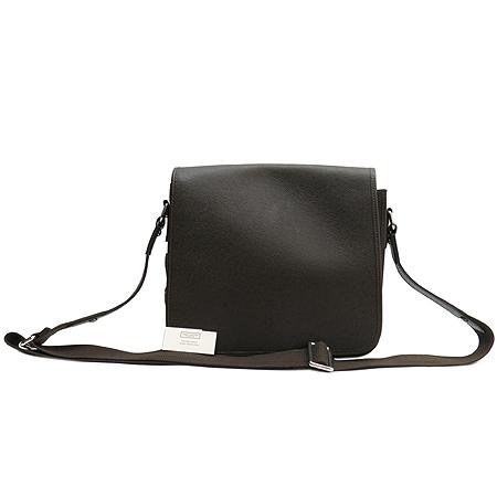Louis Vuitton(루이비통) M32488 타이가 레더 안드레이 그리즐리 크로스백