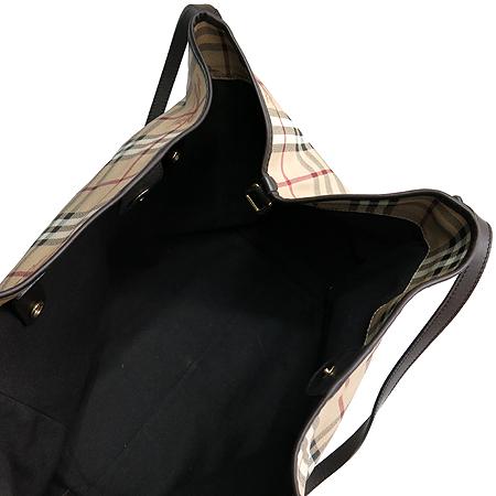 Burberry(버버리) 뉴 클래식 HAYMARKET 체크 켄더베리 L사이즈 PVC 숄더백 + 보조파우치 [명동매장]