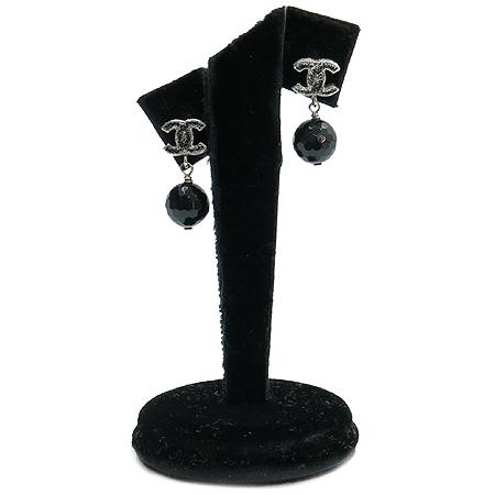 Chanel(샤넬) COCO 로고 블랙펄 귀걸이 이미지2 - 고이비토 중고명품
