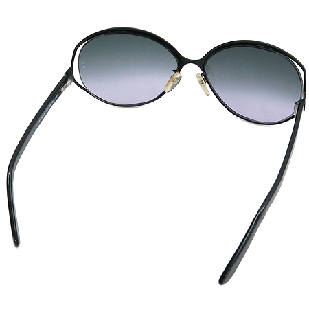 GIVENCHY(지방시) SGV138  측면 로고 장식 선글라스 이미지4 - 고이비토 중고명품