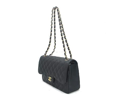 Chanel(샤넬) A28600Y01588 캐비어스킨 클래식 점보 사이즈 금장 체인 숄더백 [분당매장] 이미지3 - 고이비토 중고명품