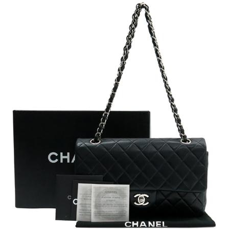 Chanel(샤넬) A01112Y01588 램스킨 클래식 M 사이즈 은장 체인 숄더백