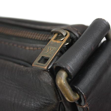 Louis Vuitton(루이비통) M92990 유타 레더 WICHITA(위치타) 크로스백 [명동매장] 이미지4 - 고이비토 중고명품
