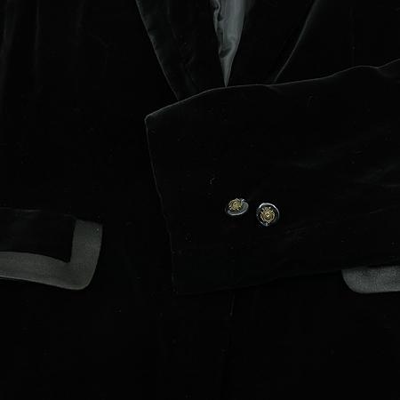 SOLEZIA(쏠레지아) 블랙컬러 벨벳 자켓 (코사지SET)