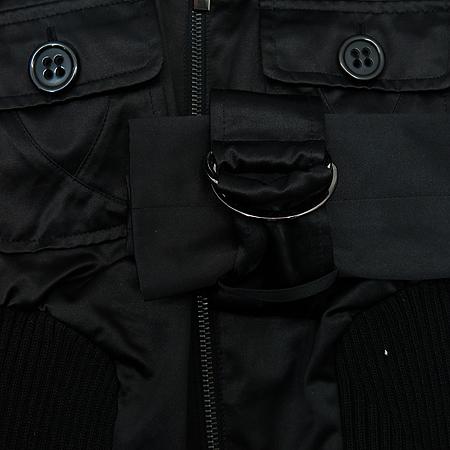 BEBE(베베) 블랙컬러 2포켓 집업 자켓