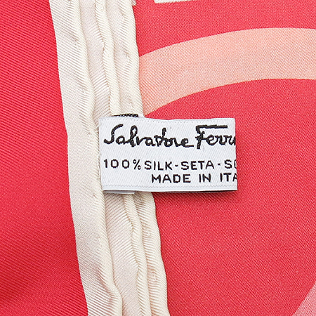 Ferragamo(페라가모) 100% 실크 스카프 [부산본점]