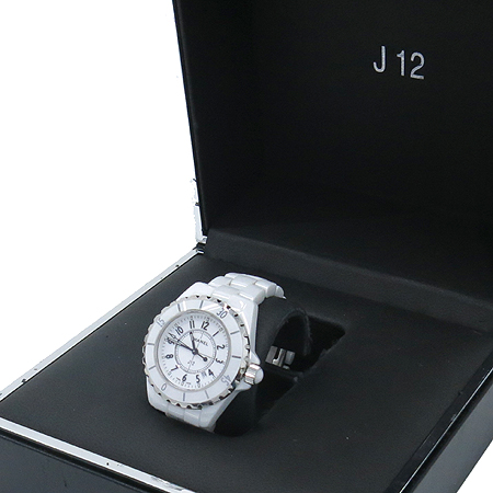 Chanel(샤넬) Chanel(샤넬) H0968 J12 33MM 쿼츠 화이트 세라믹 여성용 시계 [압구정매장] 이미지2 - 고이비토 중고명품