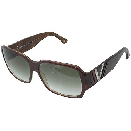 Versace(베르사체) 4145B 측면 로고 장식 뿔테 선글라스 이미지2 - 고이비토 중고명품