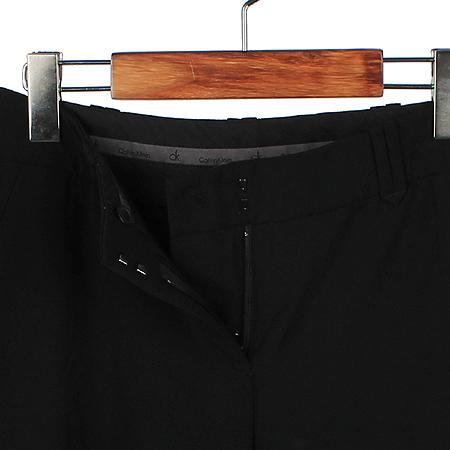 Calvin Klein(캘빈클라인) 블랙 컬러 바지 이미지3 - 고이비토 중고명품