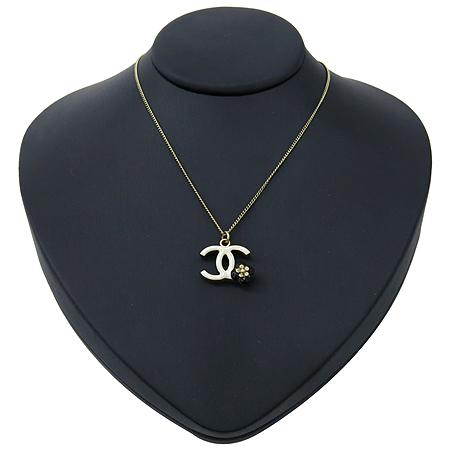 Chanel(샤넬) 12P A40409Y02018 까멜리아 장식 목걸이