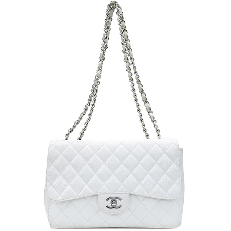 Chanel(샤넬) 캐비어 스킨 화이트 클래식 원 플랩 점보 사이즈 은장 체인 숄더백 이미지2 - 고이비토 중고명품