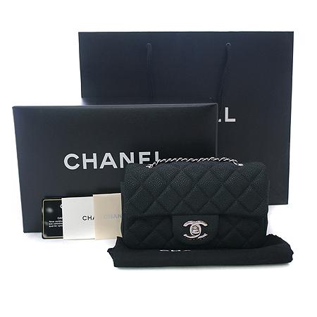 Chanel(샤넬) A65050Y07525 블랙 소프트 캐비어 클래식 은장 체인 미니 크로스백 [부천 현대점]