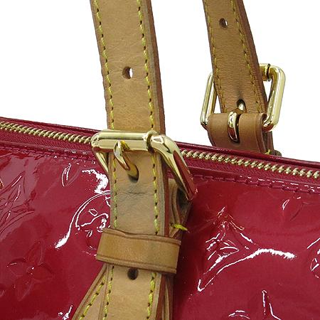 Louis Vuitton(루이비통) M93507 모노그램 베르니 폼다무르 로즈우드 숄더백 [부산센텀본점] 이미지4 - 고이비토 중고명품