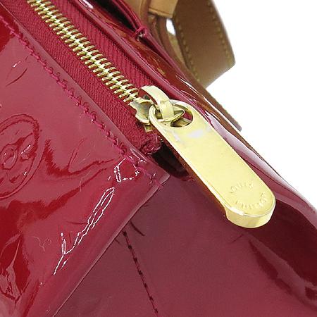 Louis Vuitton(루이비통) M93507 모노그램 베르니 폼다무르 로즈우드 숄더백 [부산센텀본점] 이미지5 - 고이비토 중고명품