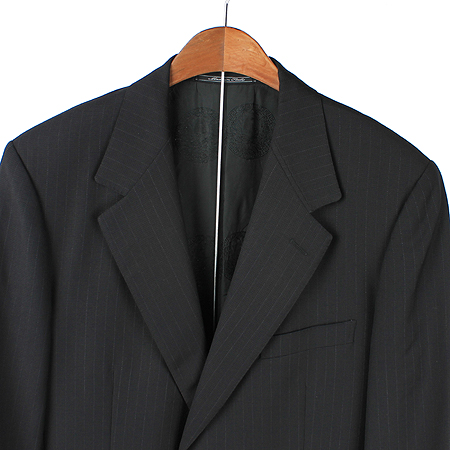 Versace(베르사체) 블랙컬러 2버튼 정장 이미지2 - 고이비토 중고명품