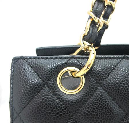Chanel(샤넬) A18004Y01864 캐비어스킨 블랙 정방 금장 체인 숄더백 [분당매장] 이미지4 - 고이비토 중고명품