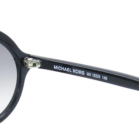 MICHAELKORS(마이클코어스) MK18326 블랙 라운드 뿔테 선글라스 이미지4 - 고이비토 중고명품
