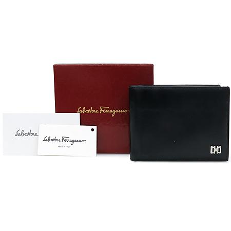 Ferragamo(페라가모) AQ 66 0593 블랙 레더 은장 간치니 로고 장식 남성용 반지갑