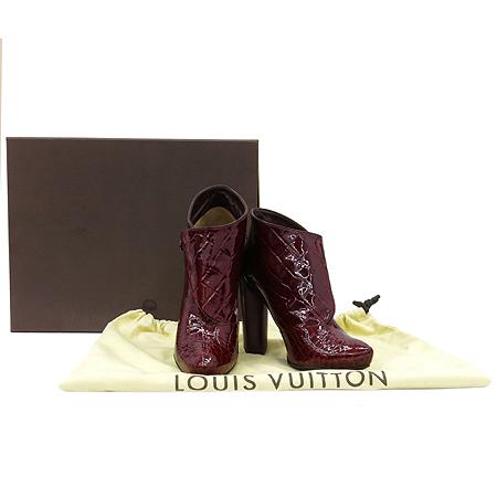 Louis Vuitton(루이비통) 크로커다일 패턴 페이던트 레더 하이힐 부티 구두