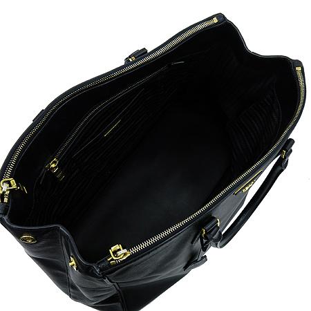 Prada(프라다) BN1802 골드 메탈 블랙 사피아노 럭스 토트백