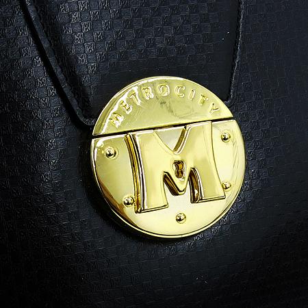 Metrocity(메트로시티) 금장 로고 장식 블랙 레더 숄더백