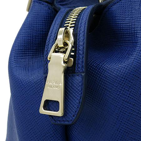 Prada(프라다) BN2560 사피아노 금장 로고 장식 토트백 [압구정매장] 이미지5 - 고이비토 중고명품