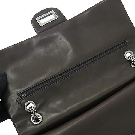 Chanel(샤넬) 은장 메탈릭 다크 브라운 컬러 에나멜 2.55 빈티지 체인 숄더백