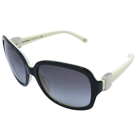 Ferragamo(페라가모) 2194 측면 로고 장식 뿔테 선글라스